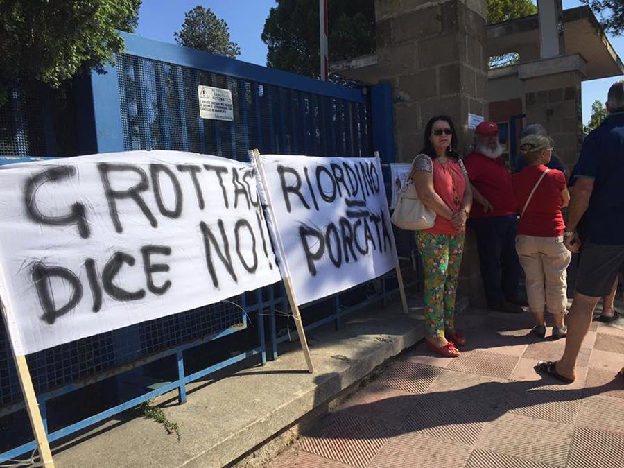 protesta ospedale 4 luglio 2016 2