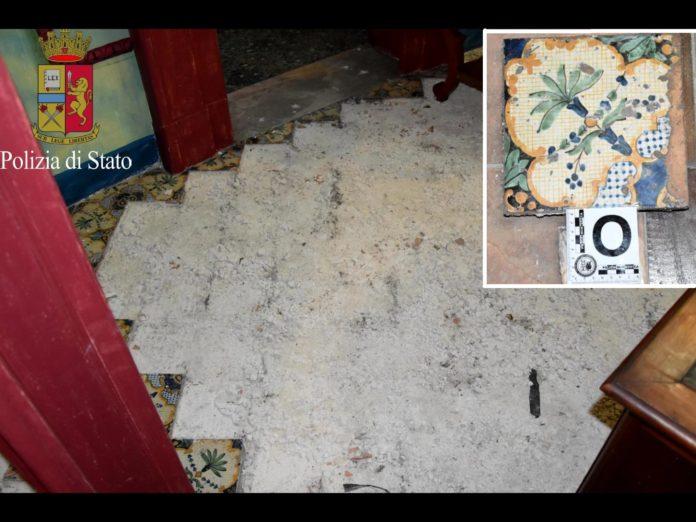 Ritrovate dalla polizia le mattonelle del 600 rubate a taranto
