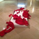 scarpe rosse installazione ceramica violenza donne