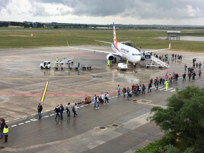 Ryanair valuta voli dal Gino Lisa di Foggia, l'annuncio del governatore Emiliano